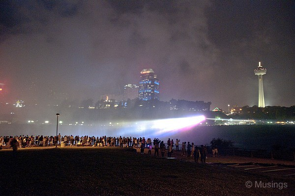 blog-2010-boston-DSC_A1793-niagarafalls-night