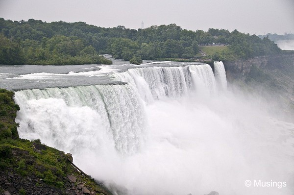 blog-2010-boston-DSC_A1906-niagarafalls