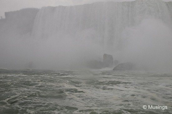 blog-2010-boston-OLYP1993-niagarafalls