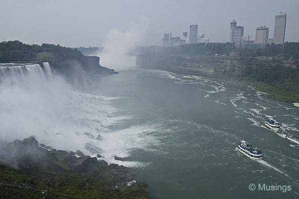 blog-2010-boston-OLYP2048-niagarafalls