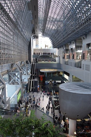 blog-2010-japan-OLYP5334-kyoto-kyoto-station