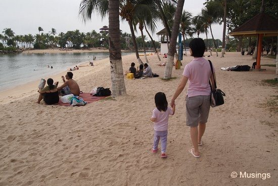 blog-2011-sentosa-OLYP1113-palawanbeach