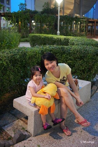 blog-2012-hannah-OMD09856-herbgarden-punggol-flickr