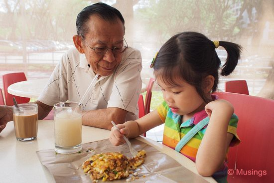 Weekend brunch with parents; There's a great carrot cake stall at Blk 724's hawker center, and Hannah devours their pan-fried carrot cake each time.