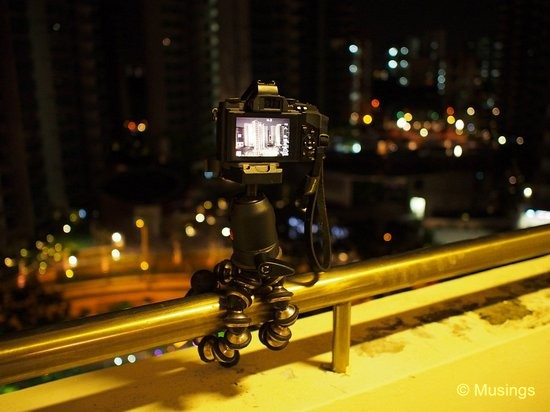 The GorillaPod Focus and the E-M5. It was very hard to secure the Focus steadily. I was very nervous leaving the E-M5 un-held to take this shot of the tripod setup using the E-PL6!