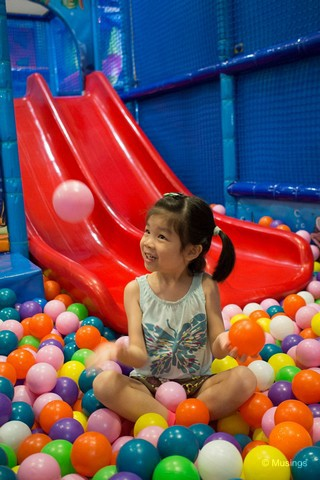 We haven't previously brought Hannah to an indoor playground, and finally did so earlier this week. This is at Pollywogs @ East Coast. The place has the usual suite of kiddie-play areas, is attractively priced, and parents can accompany their kids without additional charge.